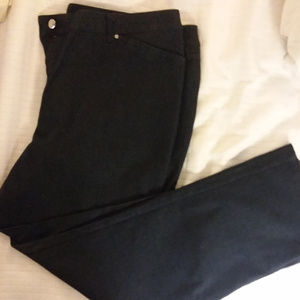 Jones New York Signature Stretch Jeans Size 16